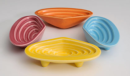 Pipi dip bowls in a group