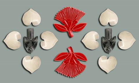 Saddleback with Pohutukawa and Kawakawa Heart Leaf